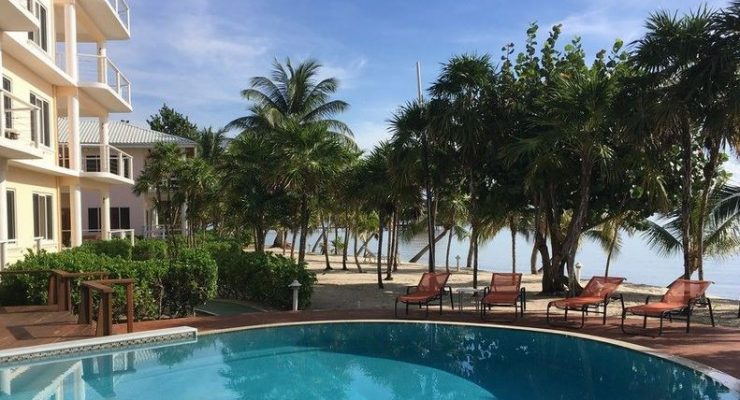 Lary Beya Resort Placencia